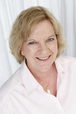Susan Oakes Takes the Small Business Path @m4bmarketing