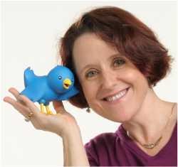 Rachel Parker @resonancesocial Makes Social Sensational